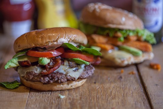Buckinghamshire, UK: Avocado Club Burger