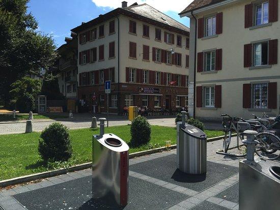 Zofingen, Switzerland: Hallo Pizza, vom Parkplatz aus.