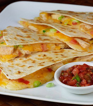 Pleasanton, CA: Grilled Chicken Quesadilla