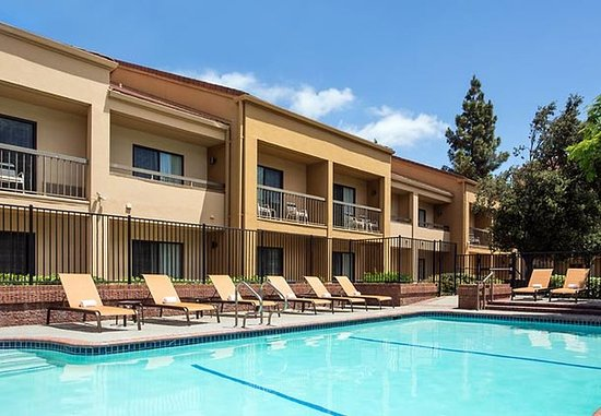 Pleasanton, CA: Outdoor Pool