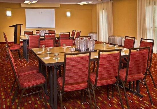 Landover, MD: Meeting Room