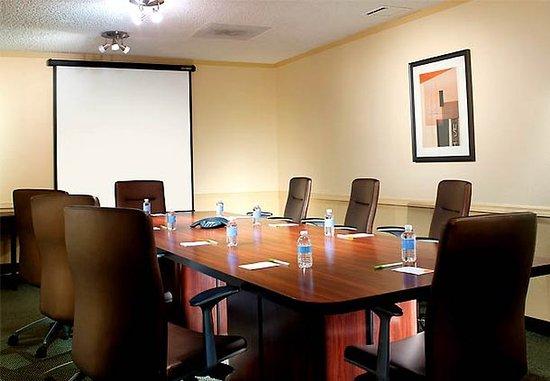 Plantation, FL: Boardroom
