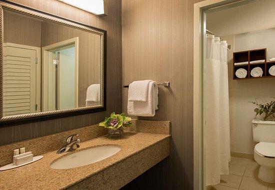 Norcross, Τζόρτζια: Suite Bathroom