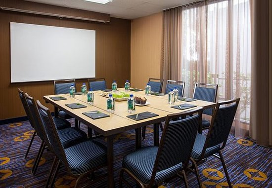 El Segundo Meeting Room
