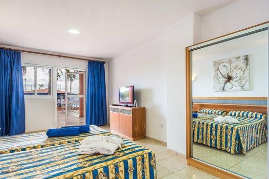 Costa de Antigua, Espagne : Wheelchair accessible room / Habitación adaptada para minusválidos