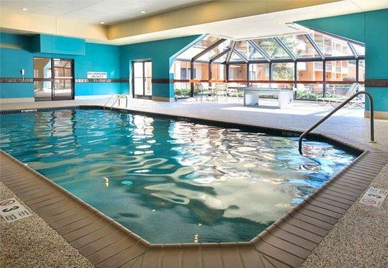 มาห์วาห์, นิวเจอร์ซีย์: Indoor Pool & Ping Pong Table