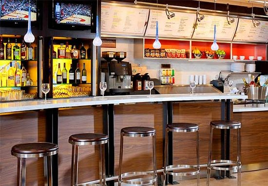 Greenbelt, MD: The Bistro Bar