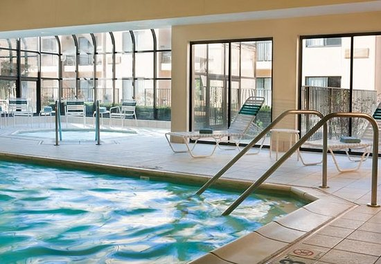 Brookfield, Ουισκόνσιν: Indoor Pool & Whirlpool
