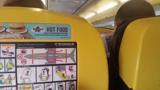 the stylish interior of ryanair cold hard plastic is clearly in photo de ryanair tripadvisor. Black Bedroom Furniture Sets. Home Design Ideas