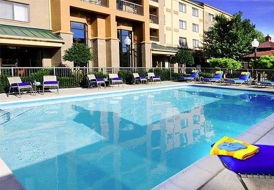 ริชาร์ดสัน, เท็กซัส: Outdoor Pool