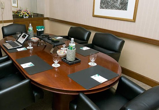 Jamajka, Nowy Jork: Boardroom