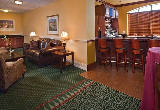 Ronkonkoma, estado de Nueva York: Great South Bay Lounge