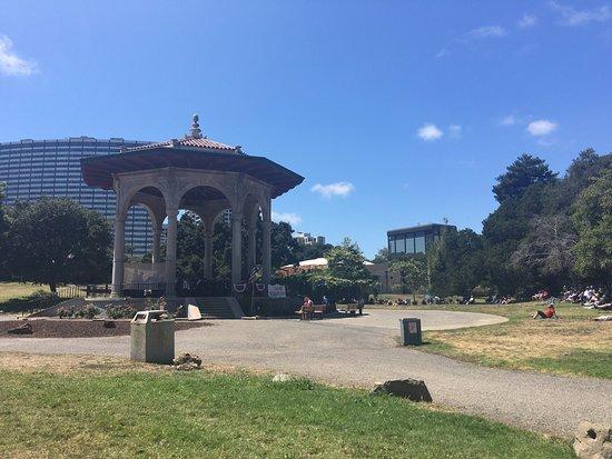Oakland, CA: photo4.jpg