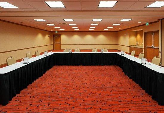 Longmont, CO: Meeting Place – U-Shape Set-Up