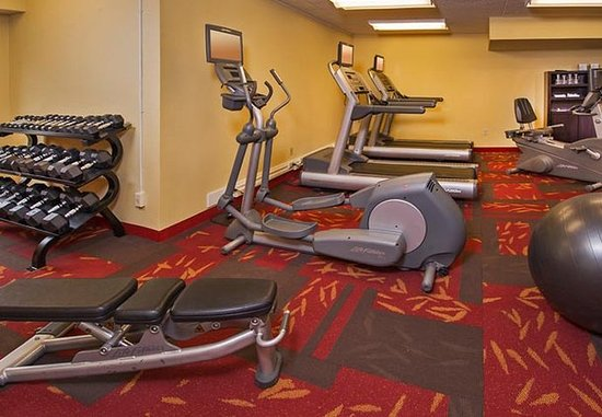 Secaucus, NJ: Fitness Center