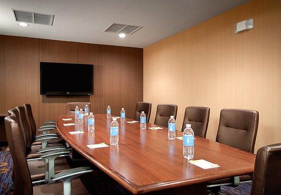 West Orange, NJ: Essex Boardroom