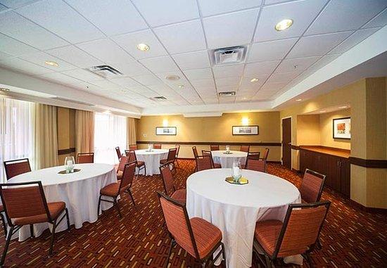 Valdosta, GA: Azalea Room - Banquet Setup