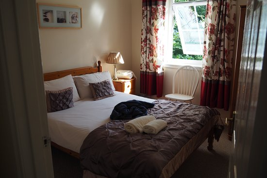 Skye Holiday Apartments : Double Bedroom