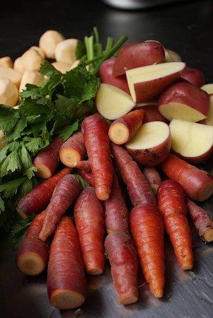 Saint-Antoine-de-Breuilh, Francia: Légumes variétés anciennes du jardin pour la poule au pot
