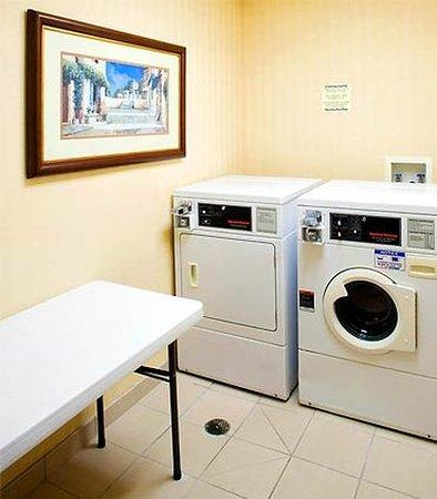 Texarkana, TX: Guest Laundry Facilities