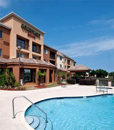 Lake Mary, FL: Outdoor Pool