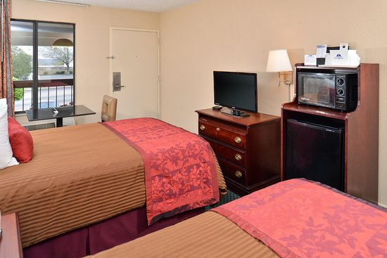 Gainesville, GA: Two Double Beds