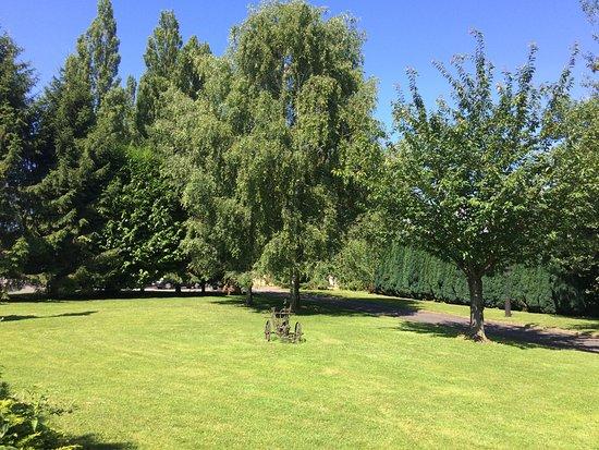 Le Pot d'Etain: De tuin