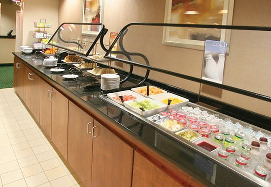 Matthews, Carolina do Norte: Breakfast Bar – Cold Items