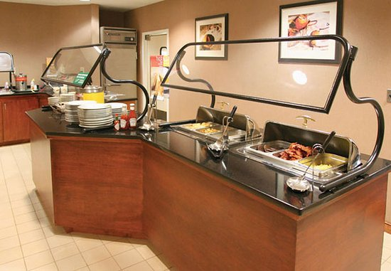 Matthews, Carolina do Norte: Breakfast Bar – Hot Items