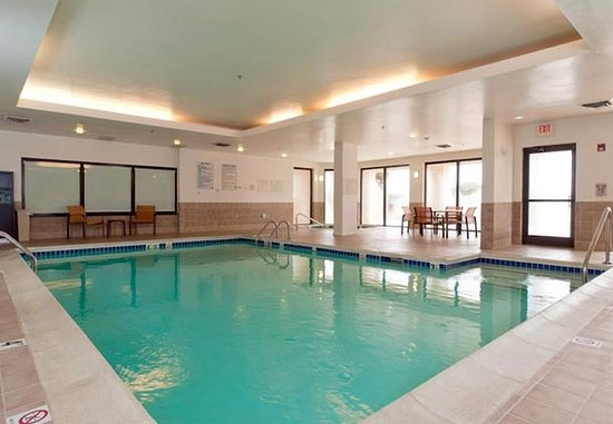 Huntersville, Kuzey Carolina: Indoor Pool & Whirlpool