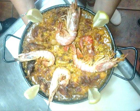 Urdazubi-Urdax, สเปน: Délicieuse paella