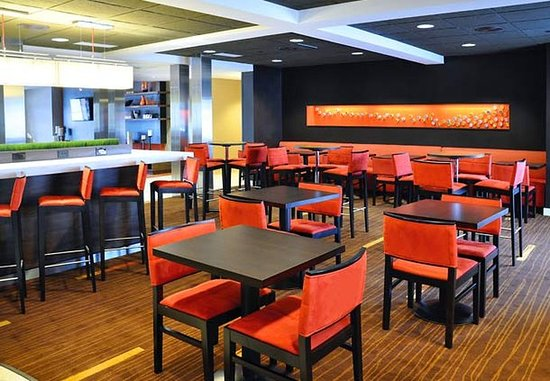 Wausau, WI: The Bistro Dining Area