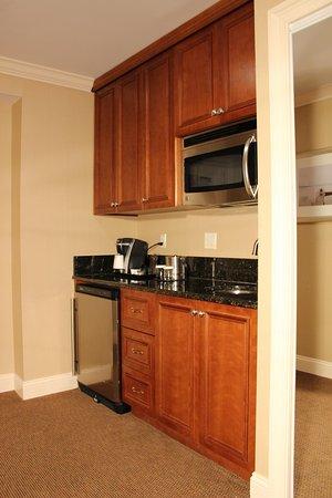 Tarrytown, NY: Deluxe Junior Suite Kitchenette