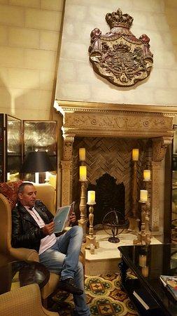 Serrano Hotel: 20160728_071028_large.jpg