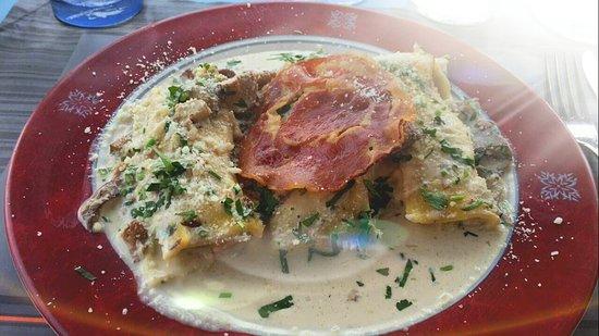 Marche-en-Famenne, بلجيكا: Tomate mozzarelle
