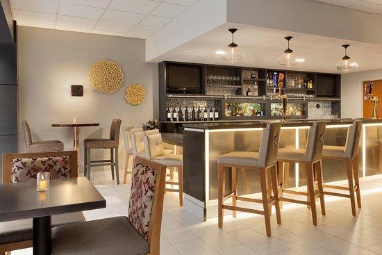 Irvine, Califórnia: Hotel Restaurant Bar