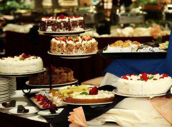 Burlingame, CA: Sunday Brunch Desserts