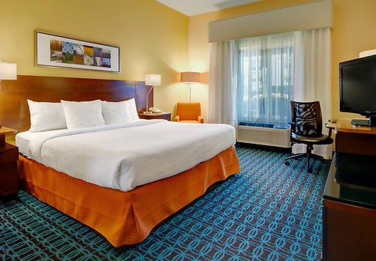 Southaven, MS: King Guest Room