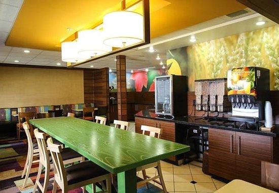 Provo, UT: Breakfast – Dining Area