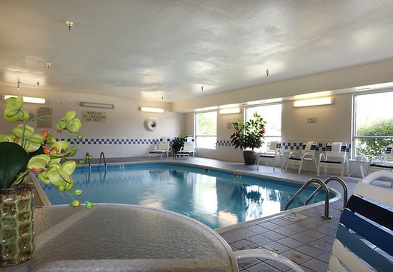 Moline, IL : Indoor Pool