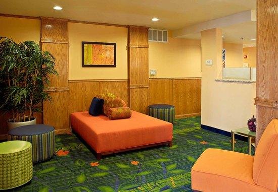 San Angelo, TX: Lobby Seating Area