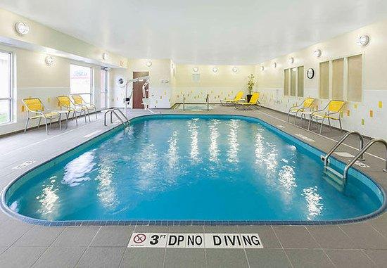 Findlay, OH: Indoor Pool & Whirlpool