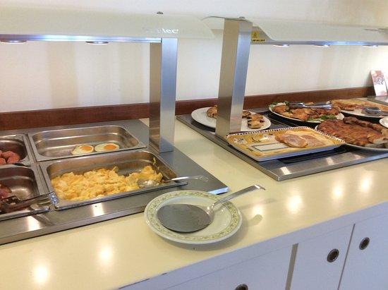 Hotel Olimpico: Ontbijt