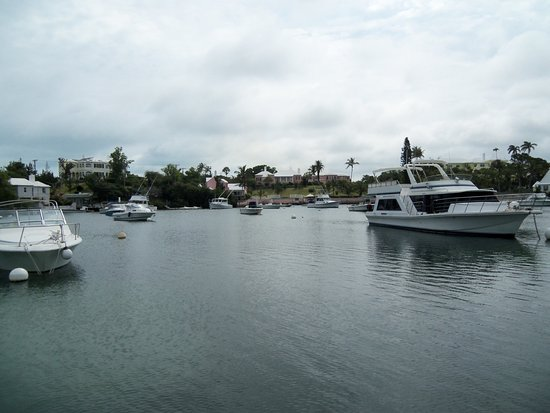 Somerset Village, Bermuda: One of the views from the boat ride.