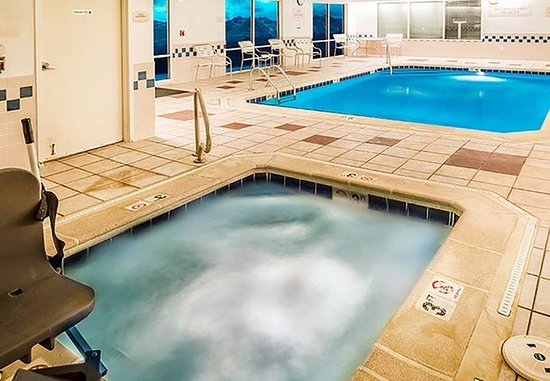 Westminster, CO: Indoor Pool & Whirlpool