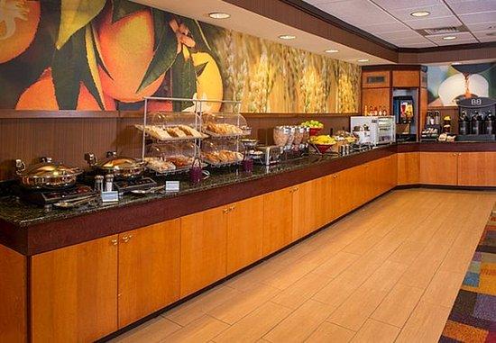 Wilson, NC: Breakfast Buffet
