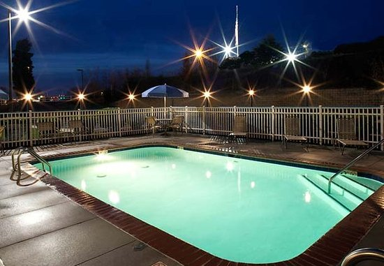 Mooresville, NC: Outdoor Pool