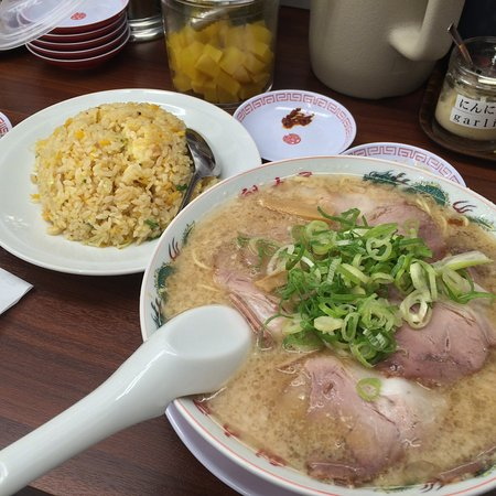 Good variety of ramen & toppings
