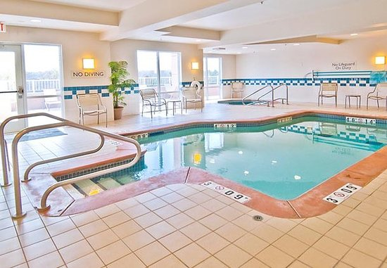Edmond, OK: Indoor Pool & Spa