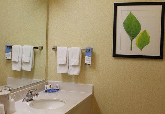 Anderson, SC: Guest Bathroom